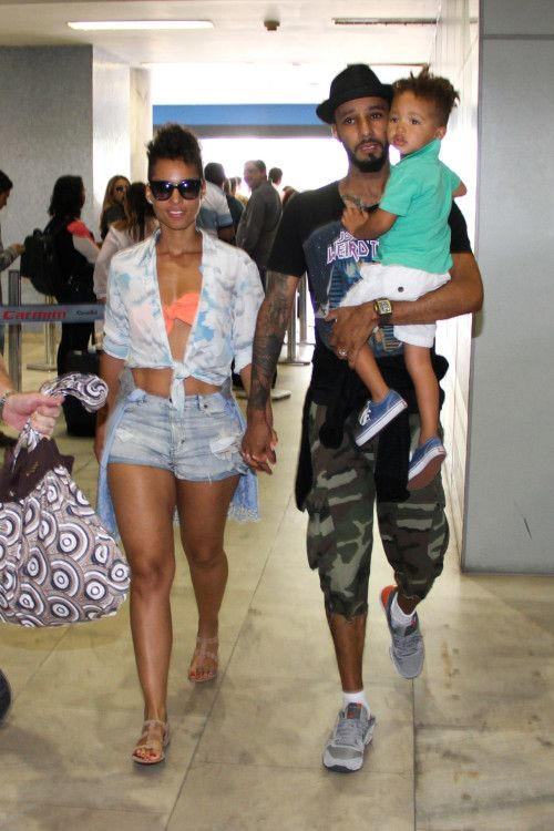 Alicia Keys & Family Touch Down In Brazil