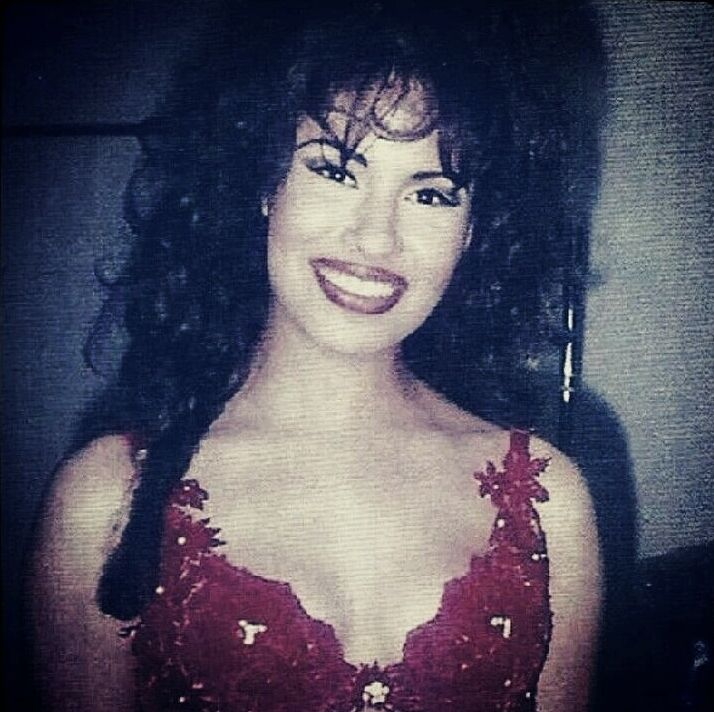 129 Best Images About Selena Quintanilla On Pinterest