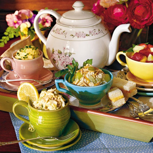 Salads served in teacups. I like that idea.