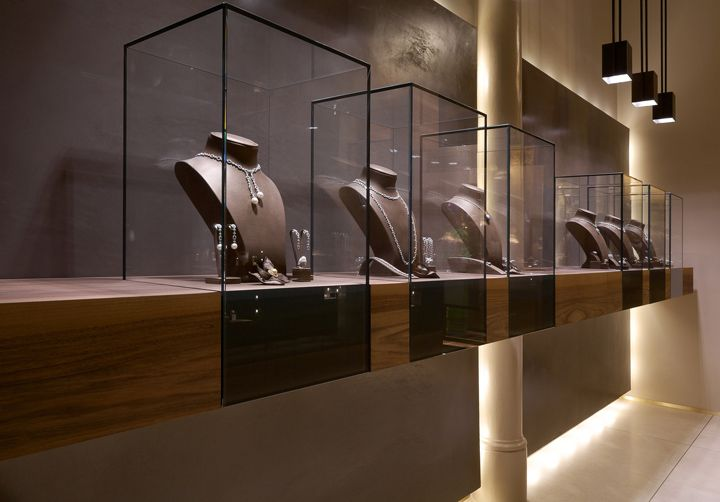 Leo Pizzo jewelry boutique by Diego Bortolato Architetto, Milan #jewelry