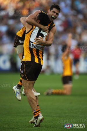 Shane Crawford of Hawthorn celebrates winning the 2008 Toyota AFL Grand Final between the Geelong Cats and the Hawthorn Hawks at the MCG.