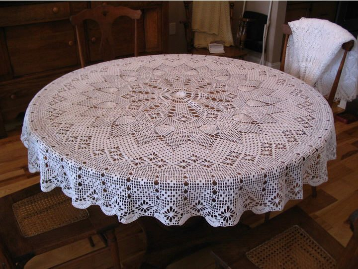Free Crochet Tablecloth Patterns : Round tablecloth, Tablecloths and Crochet patterns on Pinterest
