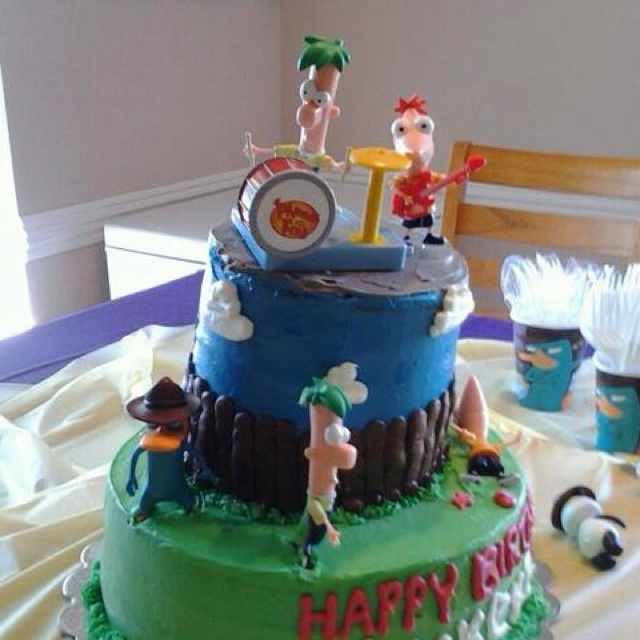 Phineas And Ferb Guitar: 383 Best Images About Tortas Decoradas Para Nenes On Pinterest