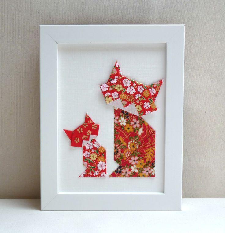 Nouvelle collection! Affichette décorative en origami – Chats fleuris à dominante rouge – Collection « La famille Chats-Muses» : Décorations murales par les-cubes-de-lili
