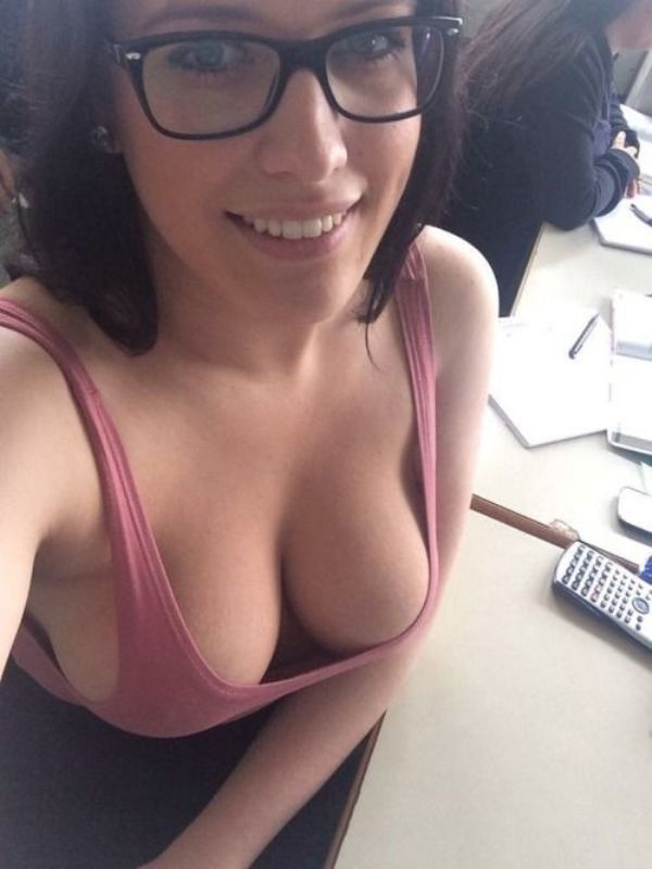 Women Big glasses naked with