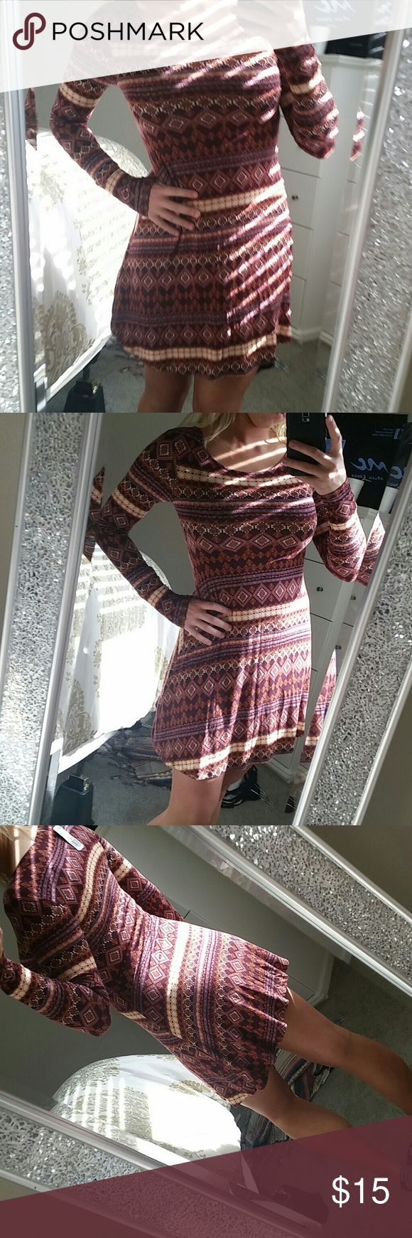 NWT Beautiful Aztec Print Dress Cute little mini dress with long sleeves new with tags Forever 21 Dresses Long Sleeve