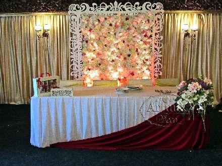 Декорирование свадьбы в бордовом цвете