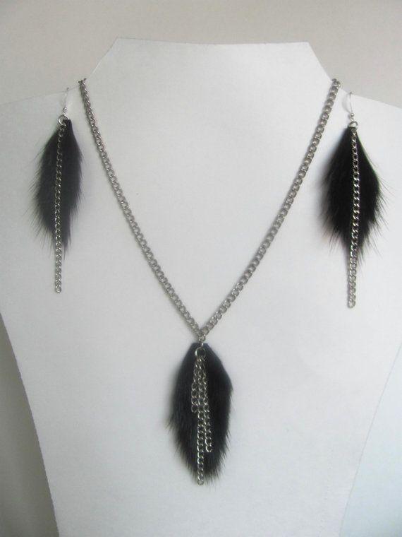 Bijoux de fourrure, ensemble collier et boucles d'oreilles, vison et chaînes_30$