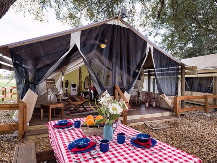 9 Florida Glamping Spots, Westgate River Ranch Resort, Lake Wales Glamping at it's finest, Westgate River Ranch Resort offers complete luxury. Fully furnished with king-sized beds and AC, you'll even have access to a Glamping Concierge. Indulge in S'mores near the campfire as you soak in Florida's wilderness.