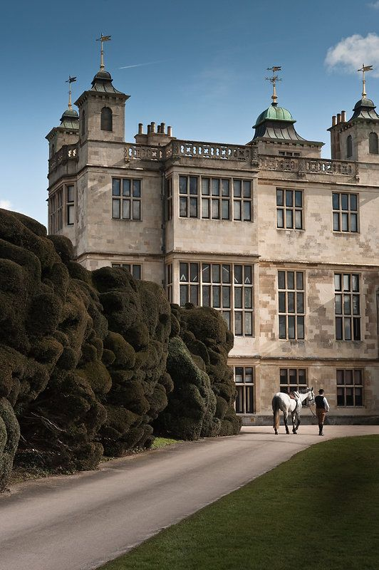 Audley End House is largely an early 17th-century country house just outside Saffron Walden, Essex, south of Cambridge. It was once a palace in all but name and renowned as one of the finest Jacobean houses in England.