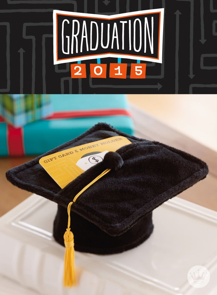 Slip your gift card or cash into this mortarboard graduation gift card holder for the perfect