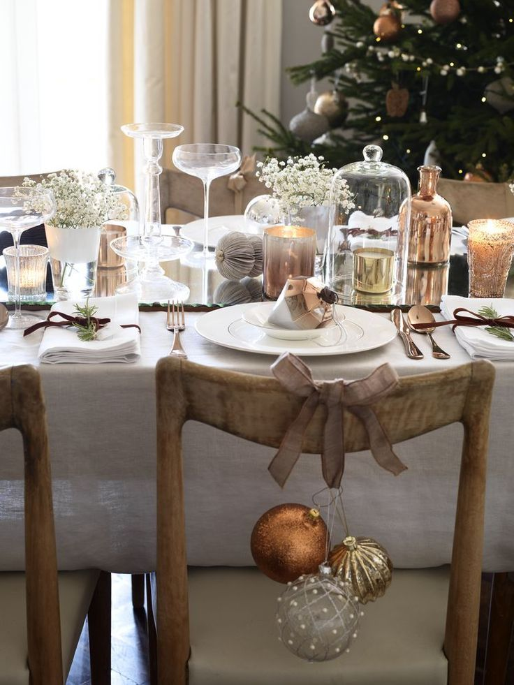 78 images about christmas table decorations on pinterest for White dining table decor