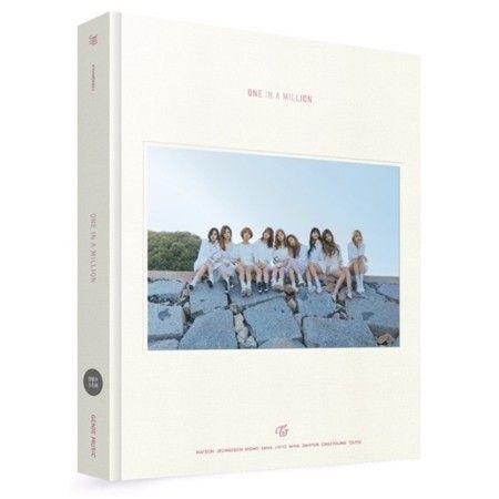 (予約販売)TWICE / (写真集) TWICE 1ST PHOTOBOOK [ONE IN A MILLION] [TWICE] 韓国音楽専門ソウルライフレコード - Yahoo!ショッピング - Tポイントが貯まる!使える!ネット通販