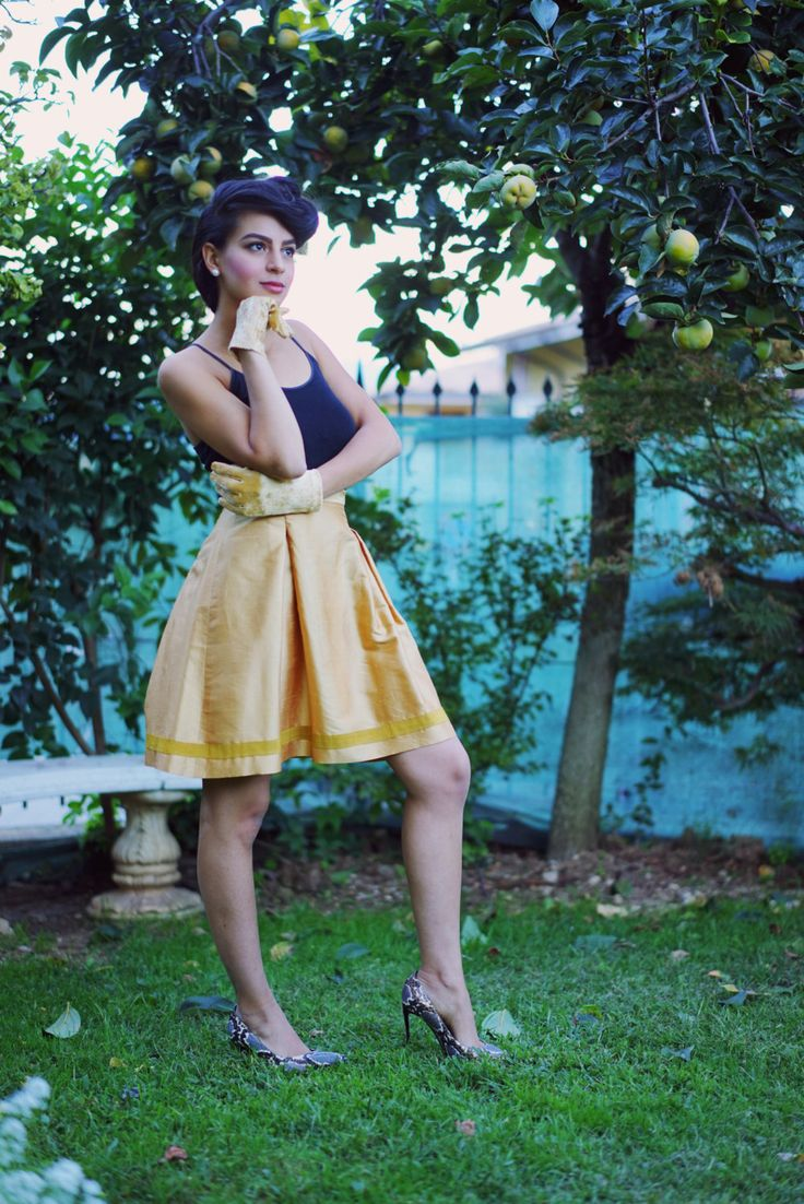 Silk Meeting In My Bedroom: 1000+ Ideas About Silk Skirt On Pinterest