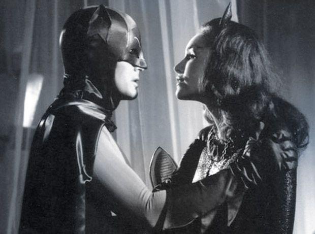 me tv batman | batman and catwoman from the batman 1960s tv show adam west batman and ...