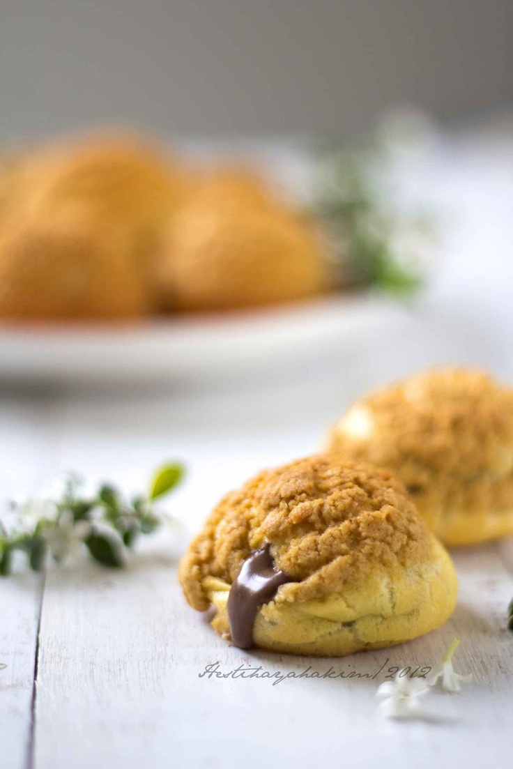 HESTI'S KITCHEN : yummy for your tummy...: Japanese Choux with Coffee Cream Filling