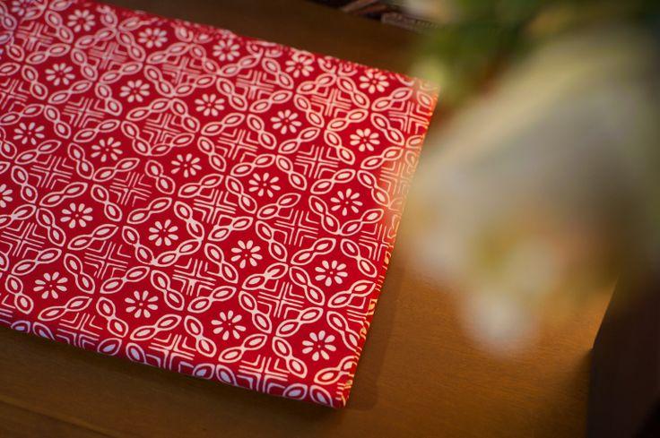 Batik Garutan warna merah