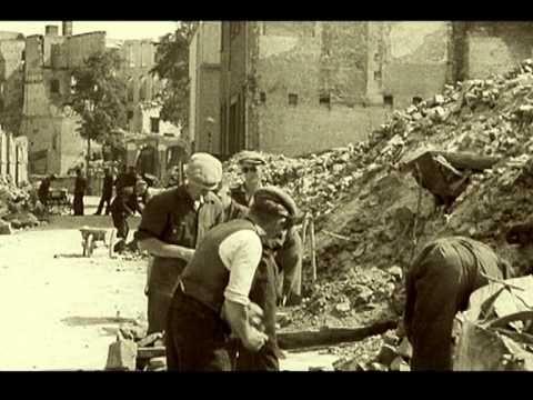Unieke beelden na bombardement Rotterdam - YouTube