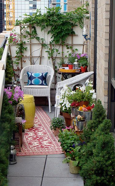 Happy little balcony .. thinking if i have pinned it already before ;) but its too good to risk not pinning :)