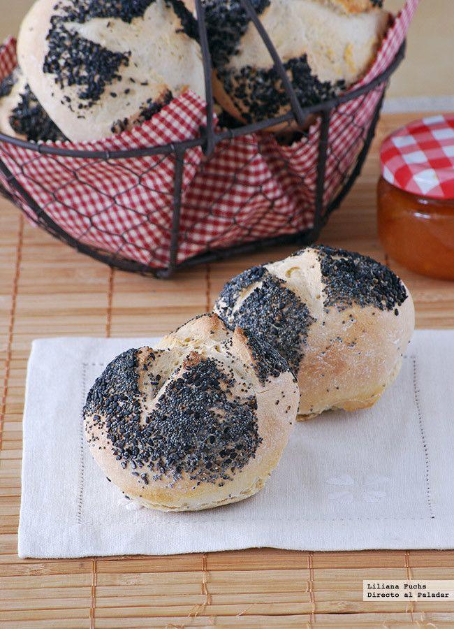 Panecillos con semillas de amapola y sésamo negro. Receta de panadería