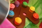 cupcake pallet: Paintings Parties, Schools Parties, Art Crafts, Art Parties, Catch My Party, Art Birthday Parties, Theme Parties, Birthday Cupcakes, Parties Ideas