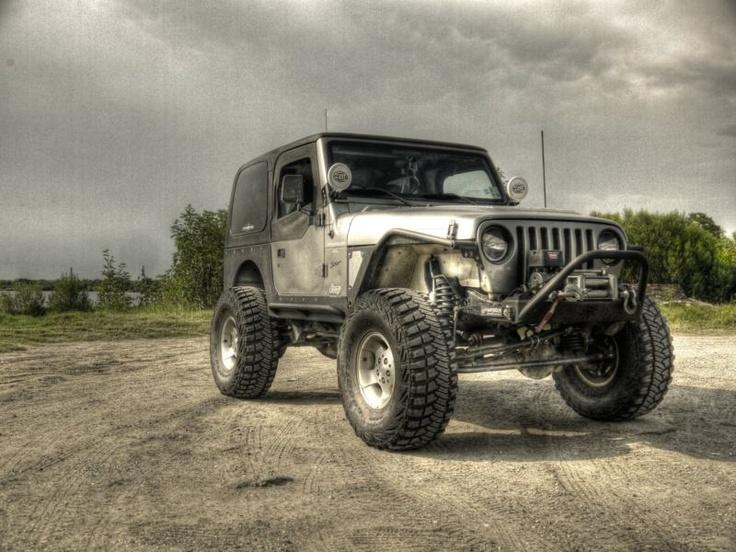 "00 Jeep Wrangler ""ROKNROL"" :-D"