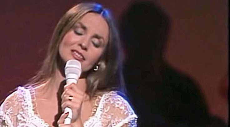 Country Music Lyrics - Quotes - Songs Crystal gayle - Crystal Gayle's…