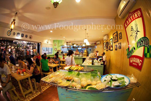 Kartiko Pasar Atum - Jajan Pasar Surabaya, didesign dengan konsep tradisional Indonesia dan kolonial jaman Belanda.