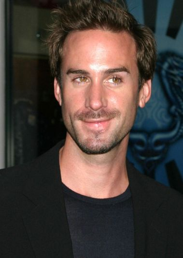 Joseph Fiennes Joins Season 2 Of 'American Horror Story'