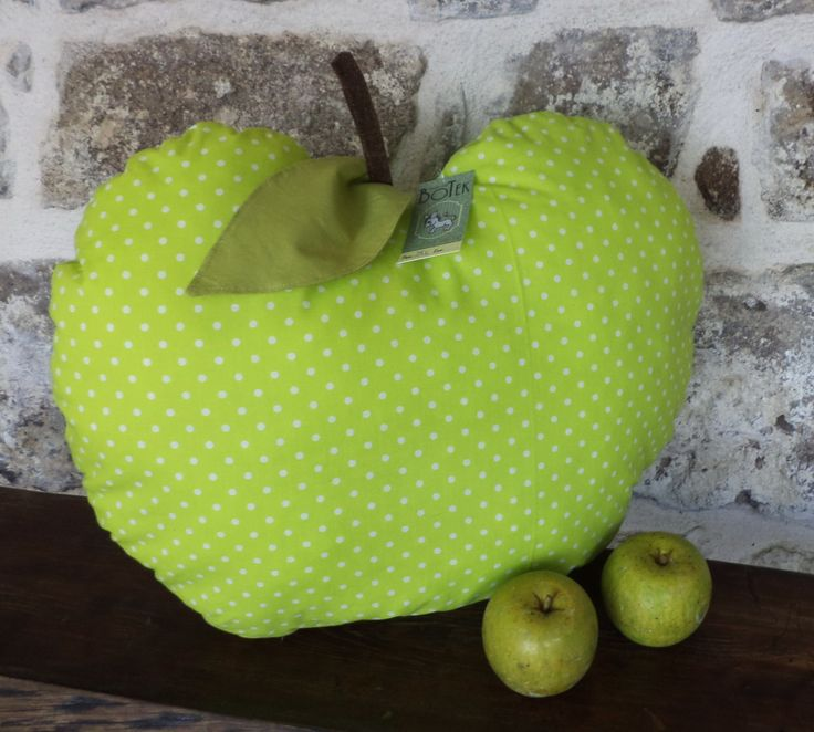 Apple Cushion Ever tried to cuddle with an apple :)