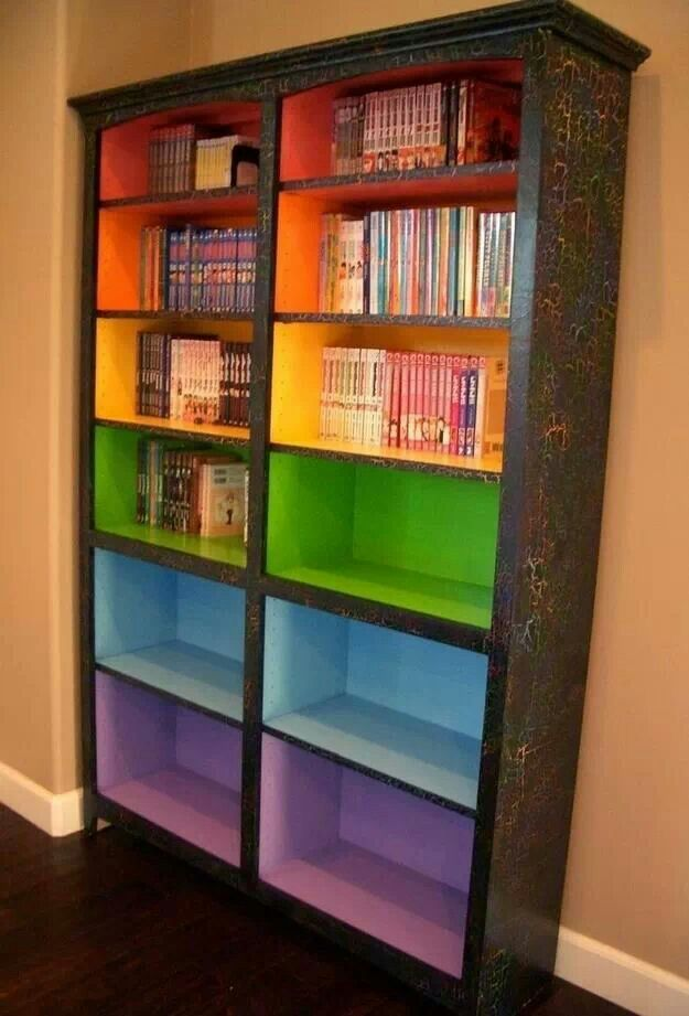 Color book shelves to signify reading level