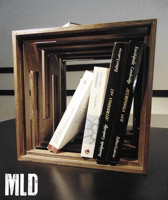 LE CUBOT: modulo cubico in legno. Portaoggetti, seduta, tavolino, libreria. Prodotto artigianale, componibile, leggero di  Make Live Design.