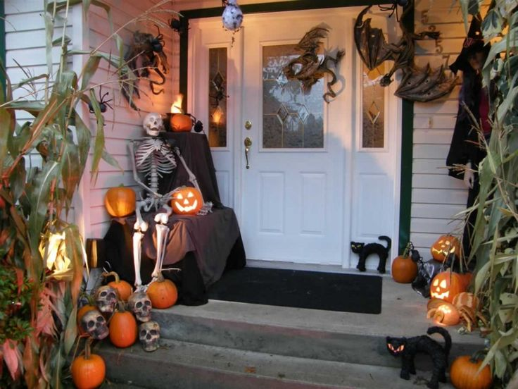 Top 16 Beauty Halloween Front Porch Decor Designs – Cheap & Easy Party Project - Easy Idea (12)