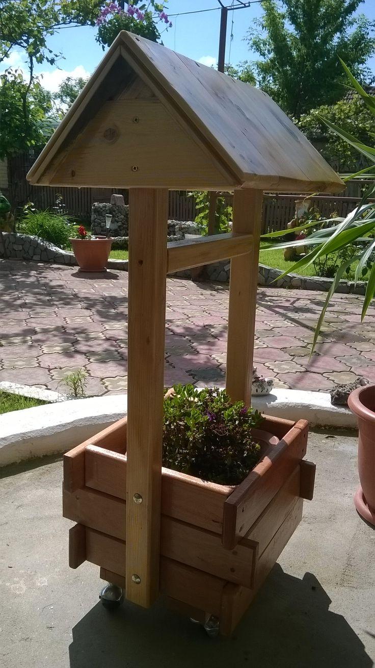 Support backyard planter shaped fountain2