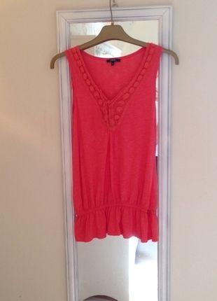 Buy here at #vinteduk http://www.vinted.co.uk/womens-clothing/vests/4407193-crochet-collar-top