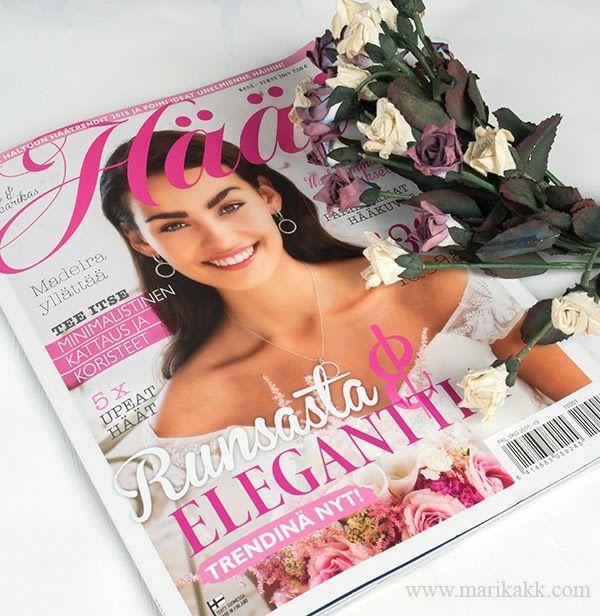 Latest Wedding magazine, I made wedding lettering/calligraphy for a sample weddingdinner... Viimeisin HÄÄT-lehti, tein hääjuhlan tekstaukset violetin ja kullan sävyillä. Ihana projekti!