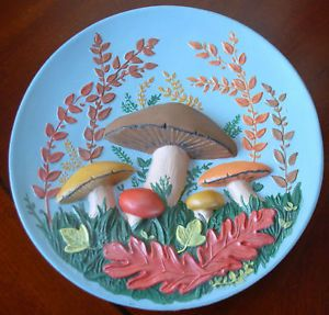 Vintage Ceramic Byron Mold 1972 Mushrooms Decorative Plate