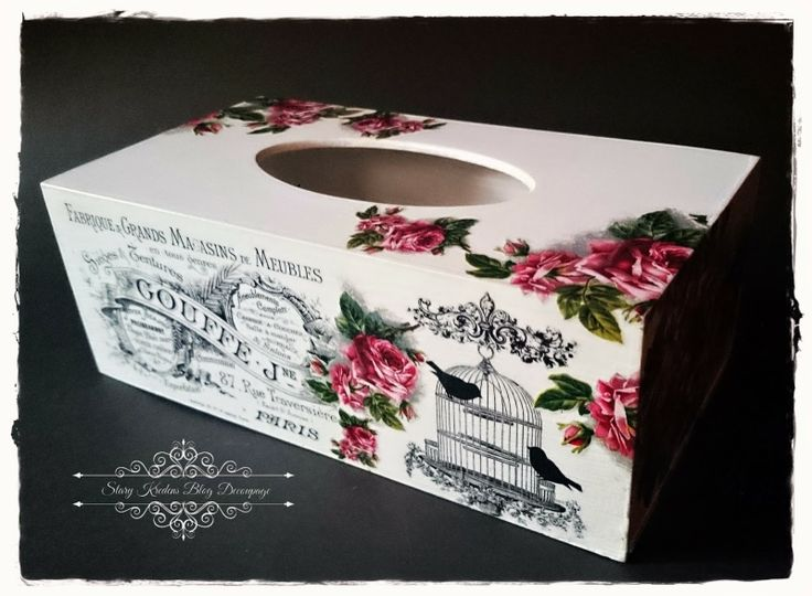 Drewniany chustecznik - biel , transfery i róże - Decoupage.