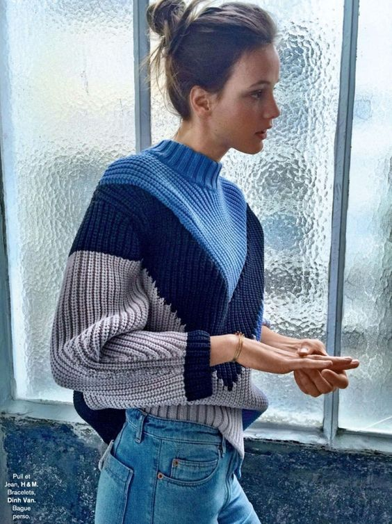Une petite dose graphique sied bien aux gros pull-overs (pull H