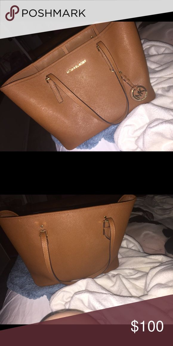 Micheal Korse purse Good condition Michael Kors Bags