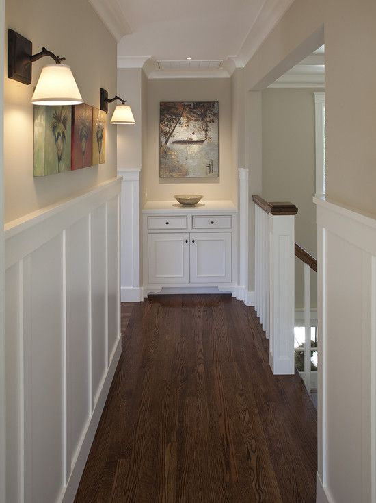 Hallway Molding Design ~ Great way to spruce up a hallway!
