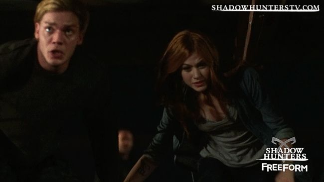 Shadowhunters - EXCLUSIVE! WATCH THE FIRST EVER SHADOWHUNTERS SEASON 2 TRAILER RIGHT NOW! - 1007