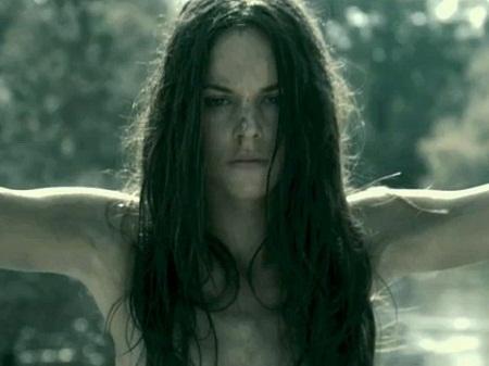 """Sarah Butler as Jennifer Hills in, """"i spit on your grave"""""""