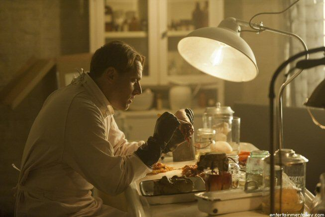 Matt Ross as Dr. Charles Montgomery, season 1, Murder House