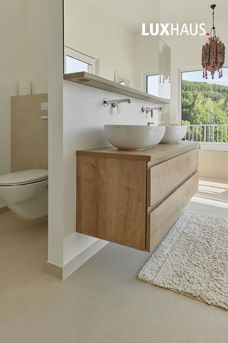 Modernes Badezimmer für die ganze Familie