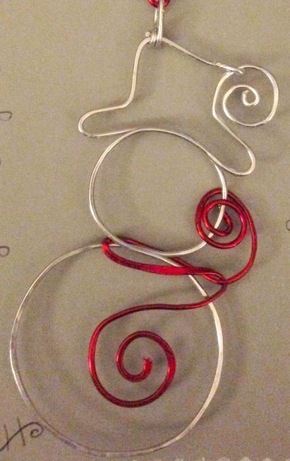 Original DIY Weihnachtsschmuck und Dekoration aus dünnem Draht   – Schmuck