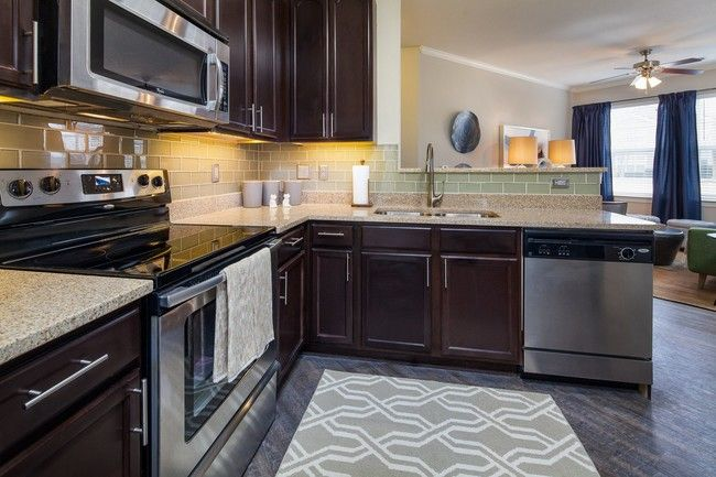 See All Available Apartments For Rent At University Center By Cortland In Charlotte Nc University Center By Cortlan Apartment Cool Apartments Renting A House
