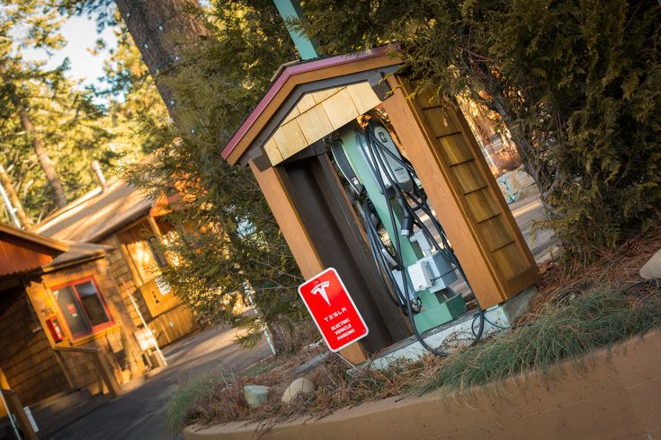 Charge up at Cedar Glen Lodge! #greenhotels #northlake #tahoe #tesla #electricchargingstation