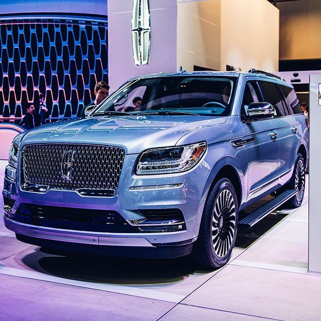 The 450hp Lincoln Navigator Black Label In Chroma Crystal