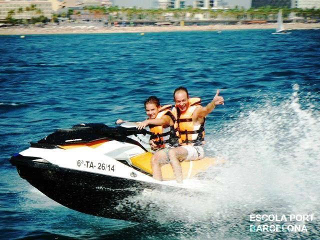 Jet ski para toda la familia en Náutica Port